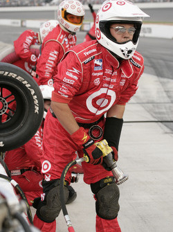 Ganassi Racing crew members ready for pitstop