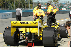 Tire warmers on the cars as long as possible in the pits