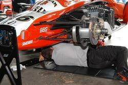 Front suspension of Dan Wheldon car