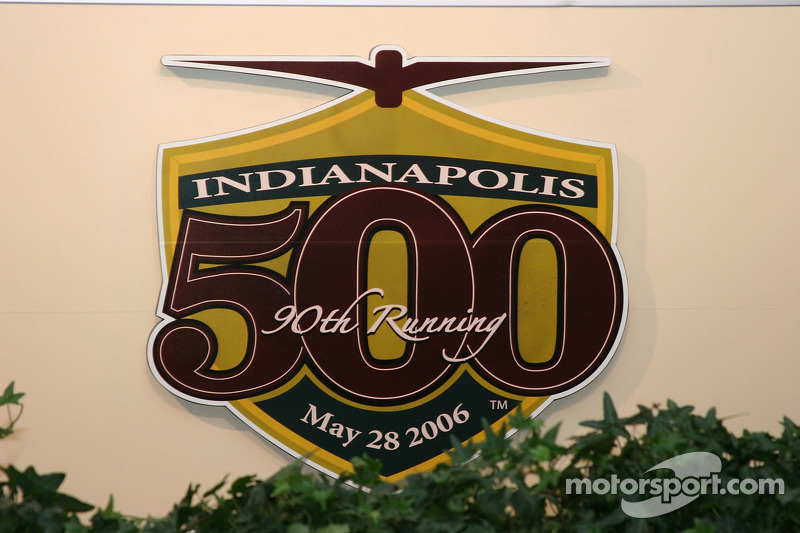 Logo officiel de la 90e édition des Indianapolis 500