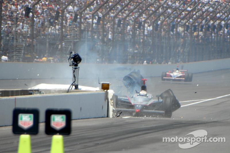 Tomas Scheckter accidenté