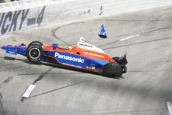 Kosuke Matsuura crashes