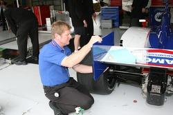 Dreyer & Reinbold Racing crew member at work