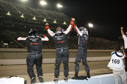 Andretti Green Racing crew members celebrate