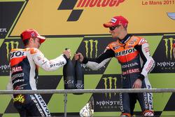Podium : le vainqueur Casey Stoner, le deuxième, Andrea Dovizioso