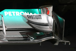 Mercedes GP, Technical detail, front wing