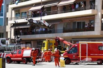 The car after the crash of Sergio Perez, Sauber F1 Team