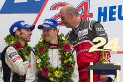 LM P1 podium: Dr. Wolfgang Ullrich with Sébastien Bourdais and Simon Pagenaud