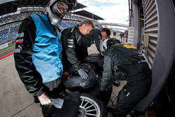 Team HWA AMG Mercedes team members at work