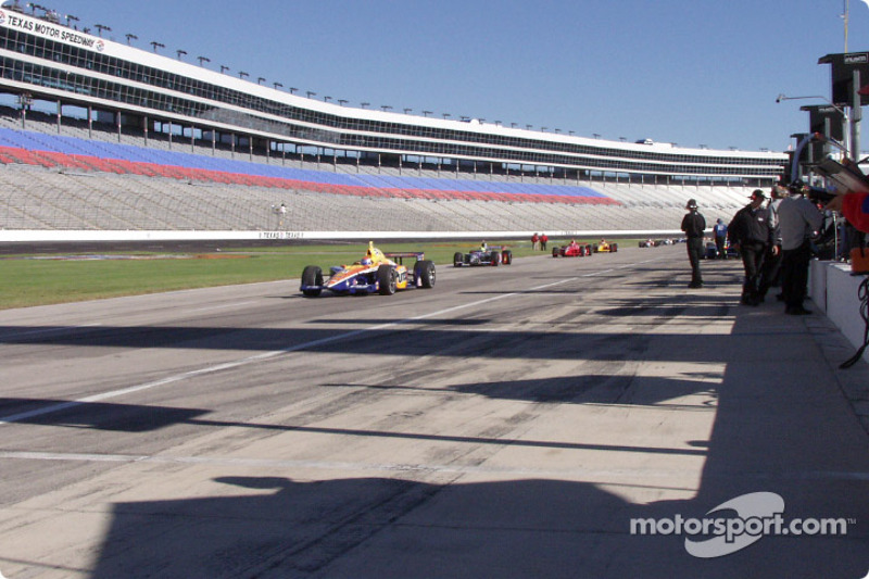 Pit road roll out to start practice