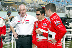 Roger Penske, Helio Castroneves and Gil de Ferran