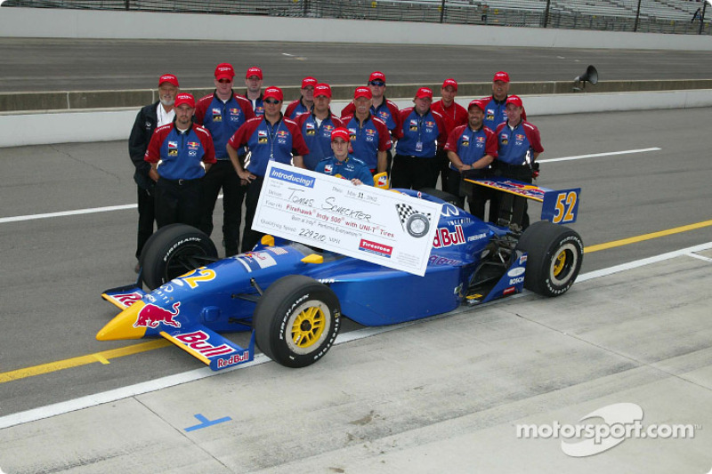 Tomas Scheckter and Cheever Racing team