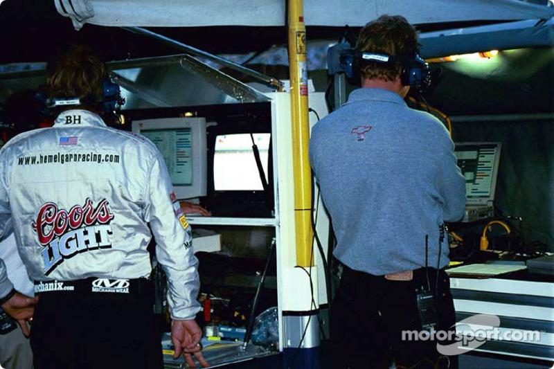 Hemelgarn Racing crew members
