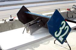 Rear wing