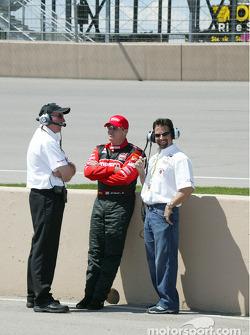 Brian Barnhart, Al Unser Jr and Michael Andretti