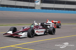 Takagi and Castroneves leave pits