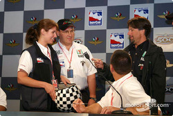 Michael Andretti checks out the draw number