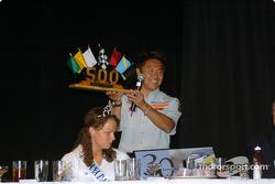 Kosuke Matsuura receives fastest rookie of the year award