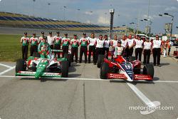 La première ligne du Belterra Casino Indy 300 au Kentucky Speedway : le poleman Buddy Rice et Tony Kanaan
