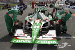 #11 Tony Kanaan Andretti Green Racing car on the grid