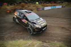 Фредрик Олин и Эндрю Рогхэд, Ford Fiesta R5