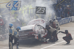 David Ragan, BK Racing Toyota en difficulté