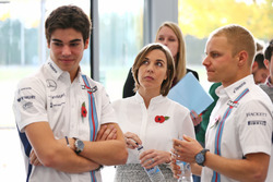 Valtteri Bottas, Williams; Lance Stroll, Williams; Claire Williams, Williams, Stellvertretende Teamchefin