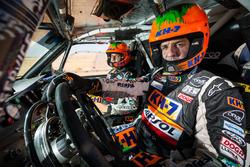 Ісідре Естеве, Х.М. Вільялобос, KH-7 Rally Team