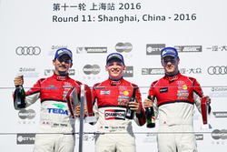 Podyum: 1. Martin Rump, Champion Racing Team, 2. Alex Yoong, Audi TEDA Racing Team, 3. Alessio Picariello, MGT Team
