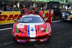 #83 AF Corse Ferrari 458 Italia: Франсуа Перродо, Еммануель Коллар, Руй Агуаш