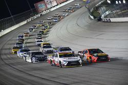 Carl Edwards, Joe Gibbs Racing, Toyota; Martin Truex Jr., Furniture Row Racing, Toyota