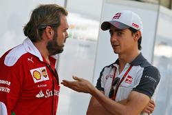 Esteban Gutierrez, Haas F1 Team with Gino Rosato, Ferrari