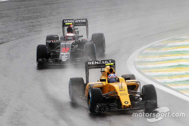 DNF Jolyon Palmer, Renault Sport F1 Team