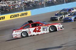 Kyle Larson, Chip Ganassi Racing Chevrolet spins
