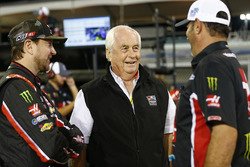Kurt Busch, Stewart-Haas Racing Chevrolet, Roger Penske
