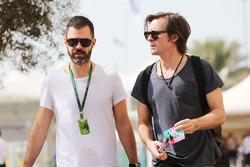 Marc Hynes con Jonny Hynes