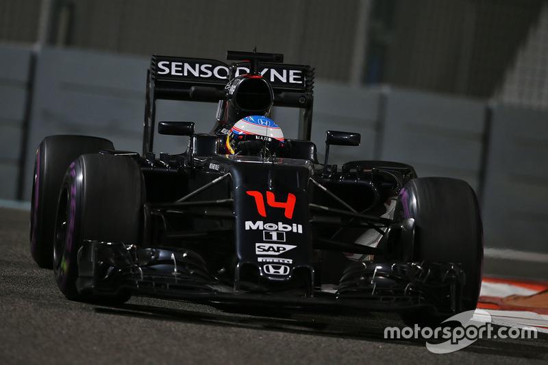 10 місце - Фернандо Алонсо, McLaren MP4-31. Умовний бал - 9,756