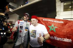 Le vainqueur Mehdi Bennani, Sébastien Loeb Racing, Citroën C-Elysée WTCC avec Yves Matton, Citroën Motorsport Director
