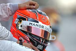 Шлем Эстебана Окона, Manor Racing