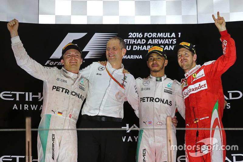 Podio: Ganador de la carrera Lewis Hamilton, Mercedes AMG F1, segundo lugar Nico Rosberg, Mercedes AMG F1 y tercer lugar Sebastian Vettel, Ferrari