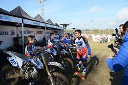 Marc Marquez с участниками Junior Motor Camp