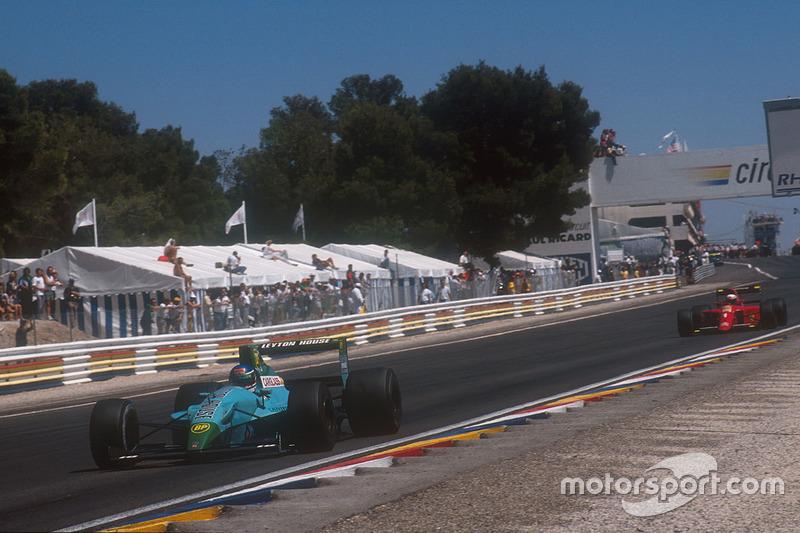 Ivan Capelli, Leyton House CG901 Judd devant Alain Prost, Ferrari 641