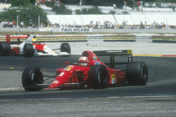 Nigel Mansell, Ferrari 641; Ayrton Senna, McLaren MP4/5B, Honda