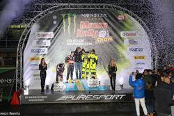 Podio: i vincitori Valentino Rossi e Carlo Cassina, secondo posto per Daniel Sordo e Marc Marti