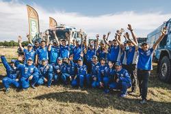 Winnaar Eduard Nikolaev, Kamaz Maste, viert zijn Dakar-overwinning