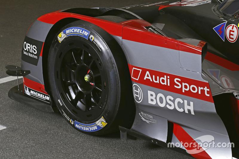 Audi R18: Seitenansicht