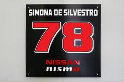 Simona de Silvestro, presentación