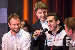 Nicolas Lapierre; Signatech Alpine; Sébastien Buemi, Toyota Racing