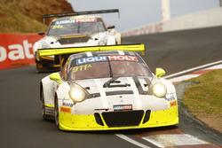 #911 Walkinshaw GT3, Porsche 911 GT3 R: Ерл Бамбер, Кевін Естр, Лоранс Вантор