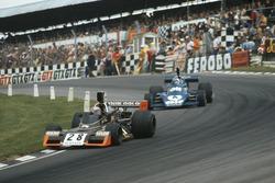 John Watson, Brabham-Ford BT42, leads Patrick Depailler, Tyrrell-Ford 007